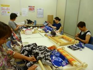 ヴィシーズ高崎店 手織り教室風景